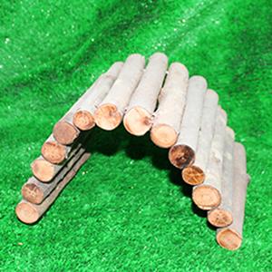 Cầu thang gỗ cong size đại thỏ bọ