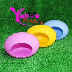 Nhà trứng nhựa