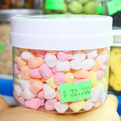 Kẹo mallow sắc màu cho hamster và sóc